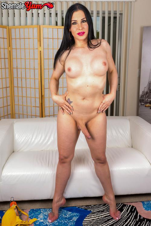 Marissa Minxx - Meet Gorgeous Marissa Minxx! [HD 720p] (ShemaleYum)
