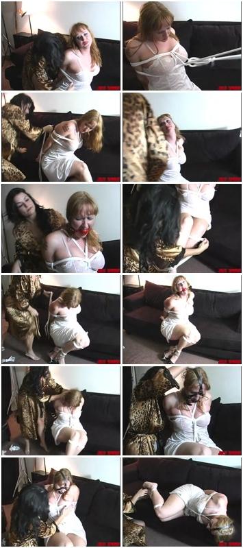 http://ist3-3.filesor.com/pimpandhost.com/1/4/2/7/142775/4/0/Q/i/40Qiq/b.d.s.m_Sex_Slaves_642.mp4.jpg