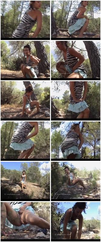 http://ist3-3.filesor.com/pimpandhost.com/1/4/2/7/142775/4/1/I/e/41IeK/Cheerful_Splashes_0938.wmv.jpg