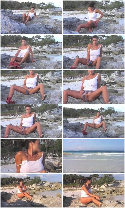 http://ist3-3.filesor.com/pimpandhost.com/1/4/2/7/142775/4/1/I/e/41Iev/Cheerful_Splashes_0925.wmv.jpg
