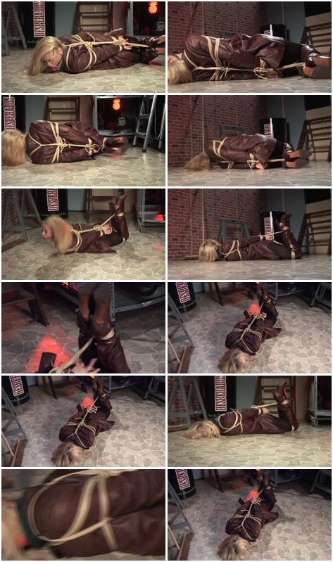 http://ist3-3.filesor.com/pimpandhost.com/1/4/2/7/142775/4/3/5/F/435FQ/Female_Humiliation_669.mp4.jpg