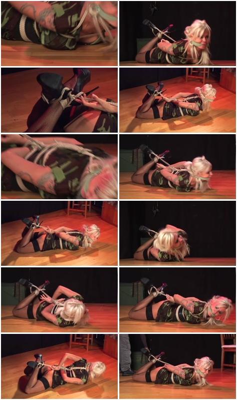 http://ist3-3.filesor.com/pimpandhost.com/1/4/2/7/142775/4/3/5/F/435Fp/Female_Humiliation_649.mp4.jpg