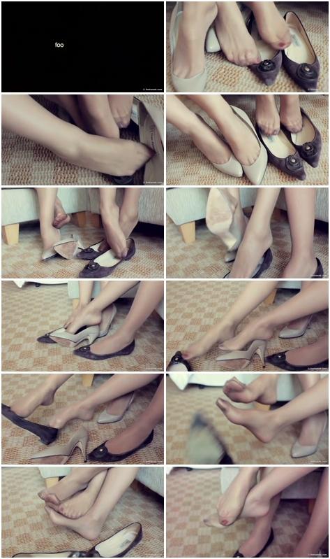 [Imagen: Female_Feets_2064.avi.jpg]