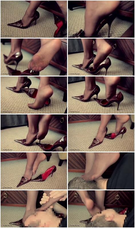 [Imagen: Female_Feets_2067.flv.jpg]