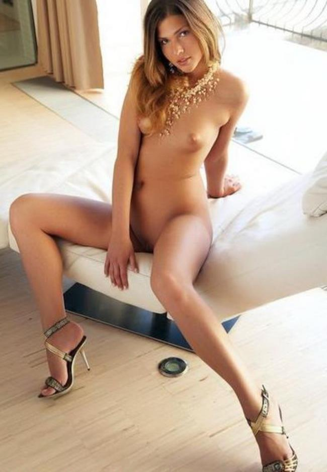 amateur french escort la roche