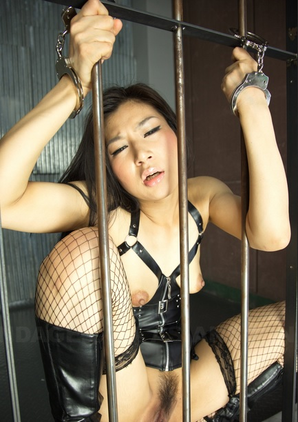 Asian slut in black Chihiro Asai gets rammed hard