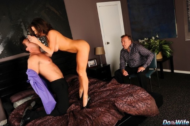 Veronica%20Avluv%20 %20Drive%20it%20In cover - Veronica Avluv - Drive it In
